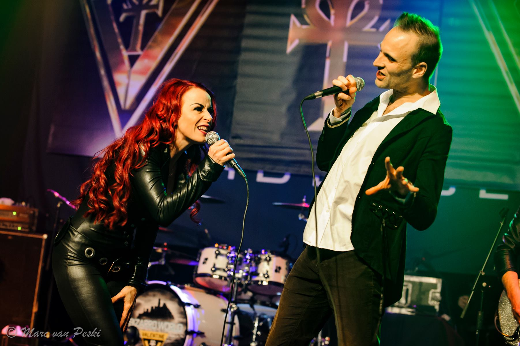 Baz singing Angel Of My Heart with Valentine at Podium Hardenberg in The Netherlands 15th April 2017 by Marc Van Peski